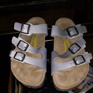 Shoes - Birkenstock sandals